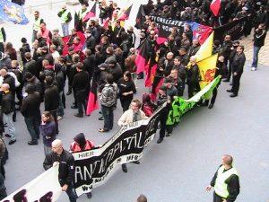 Manifestation unitaire à Lille et co-organisée par NATION sur le concept de combat social. Énorme succès médiatique et militant (près de 800 participants)